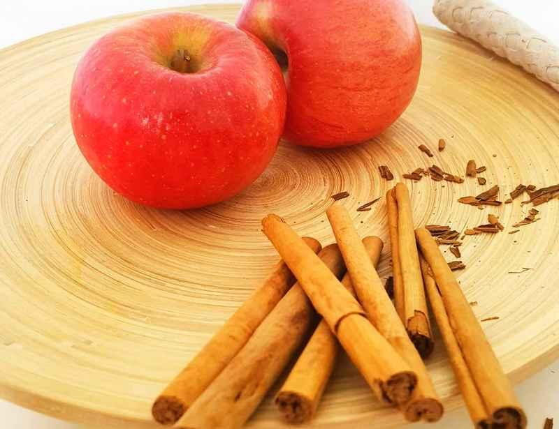 Apple Cinnamon Metabolism Water