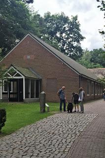 Openluchtmuseum Arnhem; mit Hund im Museum