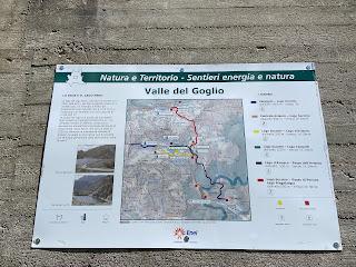 Sign describing the Valle del Goglio River.