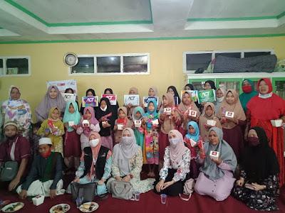 Nasi Kuning Sedop dan ACT Lampung Ajak Makan Bersama Santri Ponpes Al-Falah Sinar Laut