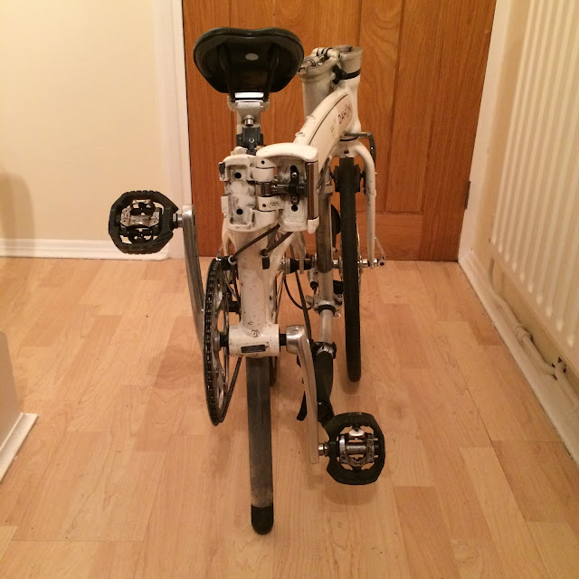 Shimano M424 pedals fitted to a Dahon Mu P8