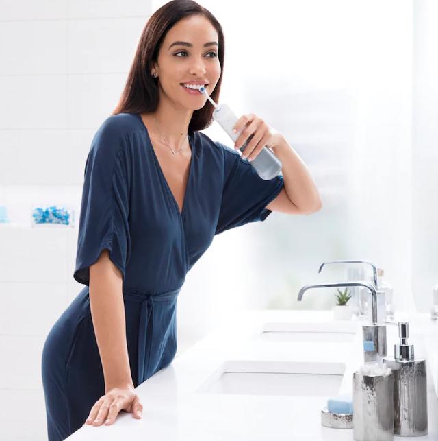 【抗疫好物】Oral-B Aquacare 6 Pro Expert MDH20 可攜式口腔潔淨器 在家洗牙好方便