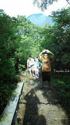 keindahan baluran, gambar baluran, evergreen baluran, camping di baluran, banteng baluran, backpacker ke baluran, btn baluran