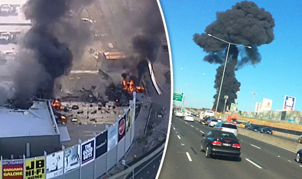 Melbourne Essendon plane crash: 5 dead after small plane crashes