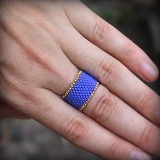 купить синее кольцо на палец в интернет-магазине украшений из бисера ручной работы