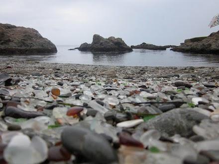 Παραλία από ...γυαλί