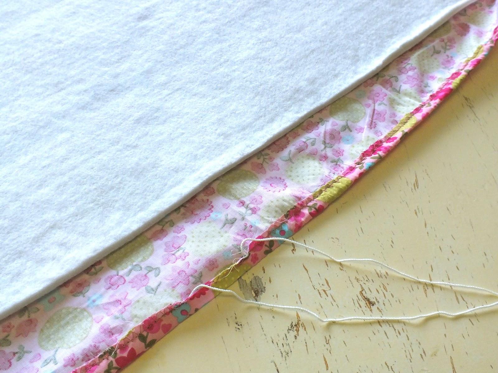 Strawtermelon: DIY - Padded Ironing Board Cover