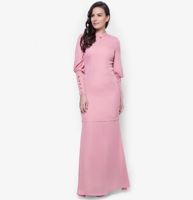 Well-described the outfit that i ve been imagined for my Baju Raya 2017. A  lovely Baju Kurung from VERCATO with bubble sleeves 3f82089db5