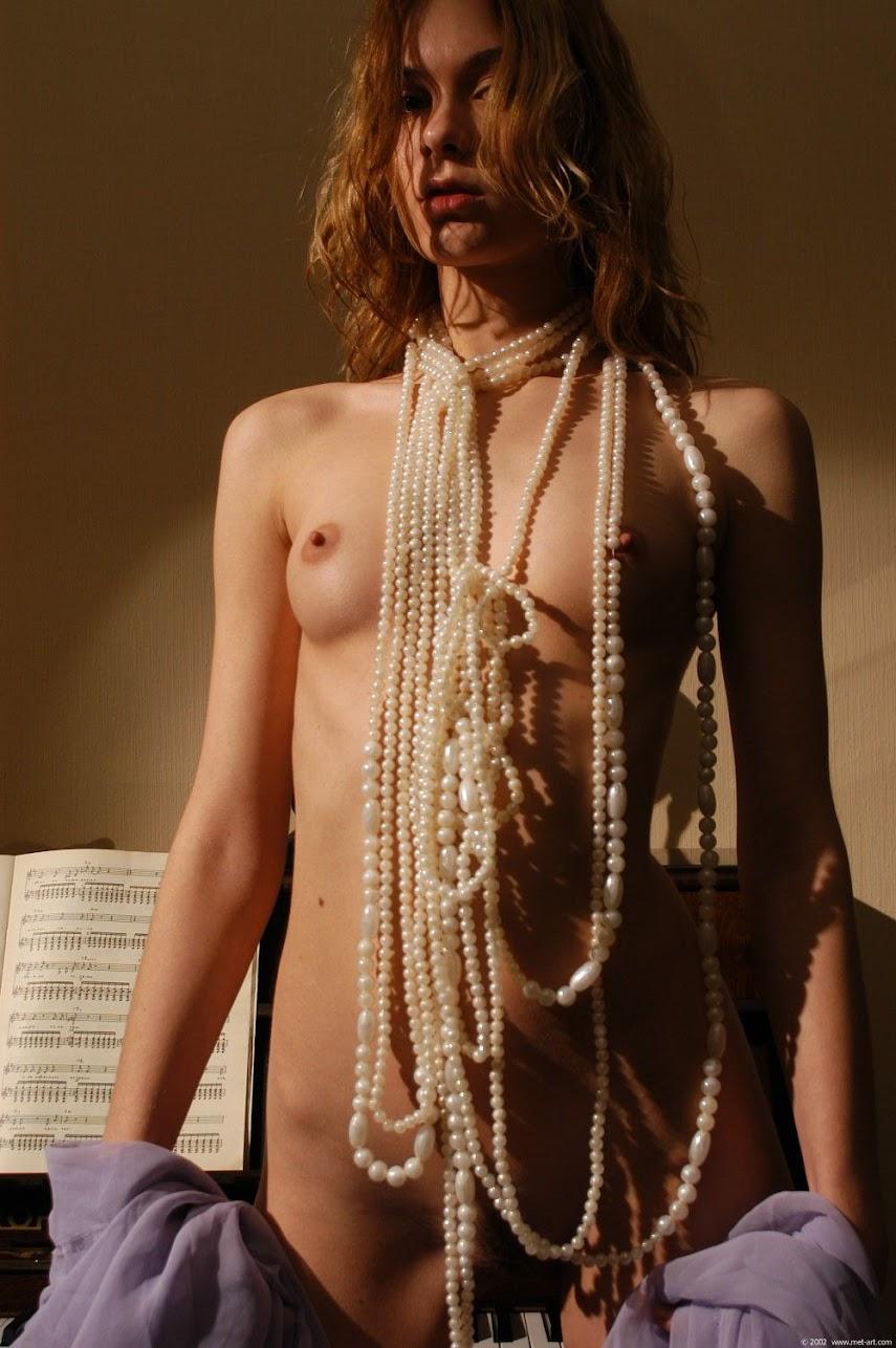 20040210_-_Ashanti_A_-_Diabolique_-_by_Federov.zip.MET-ART_FED_30_0011 Met-Art 20040211 - Andrea A - The Piano - by Pasha