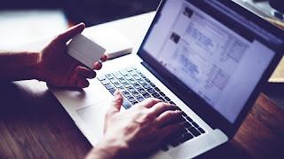 Τι αλλάζει στις online μεταφορές χρημάτων