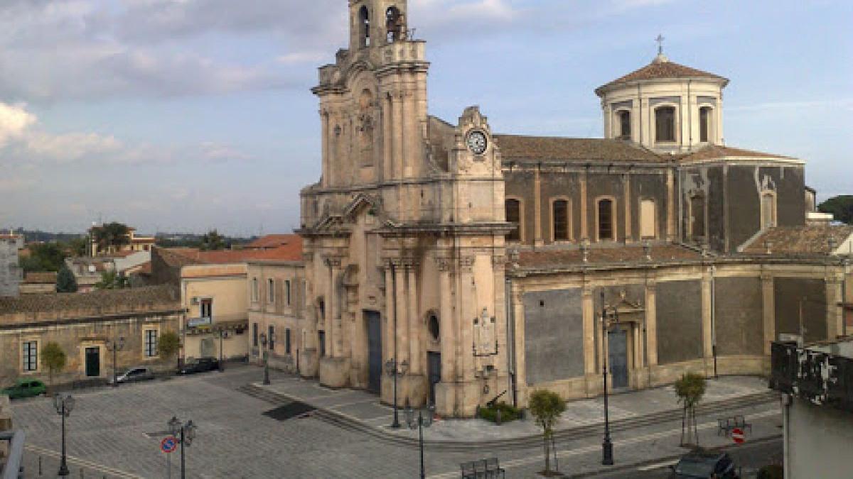 Sindaco annuncia teatro ad Aci Sant'Antonio