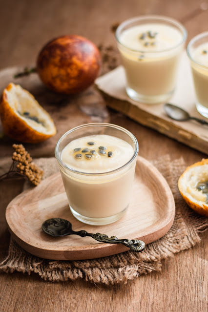 Mousses aux fruits de la passion (recette express)