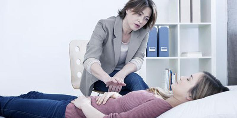 Teknik Hipnoterapi, Hipnosis dan Relaksasi untuk Penyembuhan