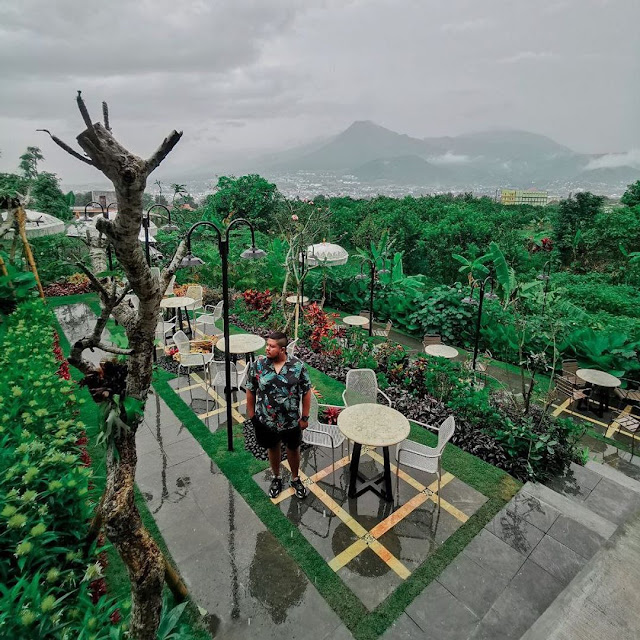 Lokasi dan Harga Menu Monstera Cafe Bumiaji Batu Malang