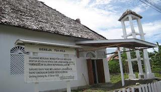 Gereja Tertua di Ambon