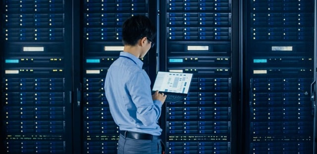 how a web server works