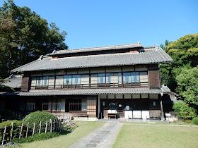 旧渋沢邸 中の家