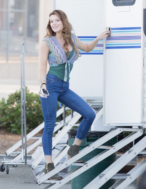 Bella Thorne in Tight Jeans – On the Set of 'You Get Me' in Los Angeles