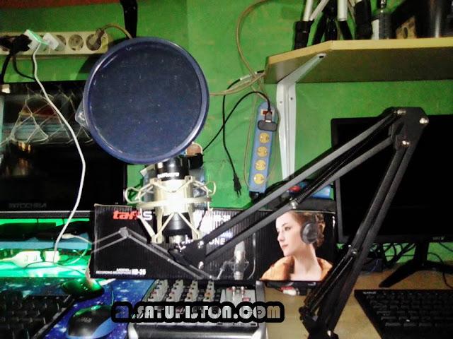 Review Stand Mic Arm (Meja) Taff Studio NB-35