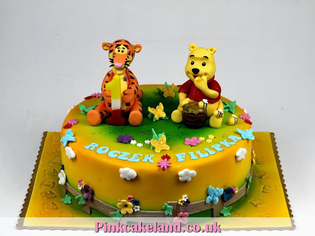 Winnie the Pooh and Tiger Birthady Cake in Chelsea, London