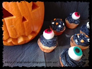 http://amymafer.blogspot.com.es/2017/10/cupcakes-de-halloween-con-ojos.html