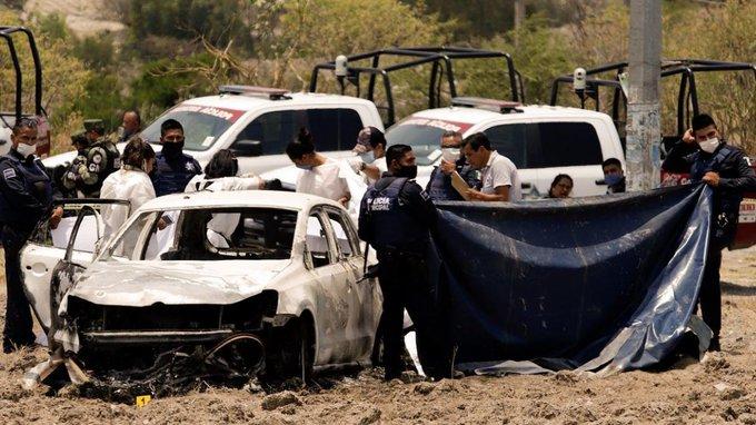 """Asesinan y calcinan a familia en Huauchinango, presumen fue por dar localización del Huachicolero """"El Loco Téllez"""""""
