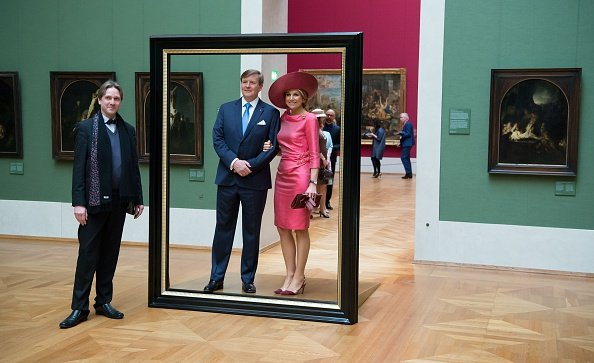 King Willem-Alexander and Queen Maxima tour through the 'Hollaender-Saal' (Dutchmen Hall)
