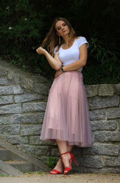 Tiulowa spódnica maxi. ♥