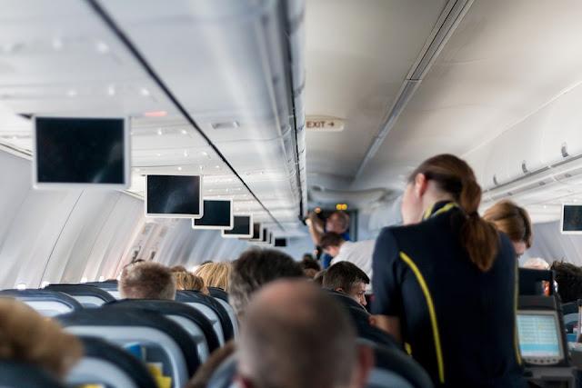 Un Juzgado de lo Social condena a una aerolínea por rechazar de forma injustificada la reducción de jornada de una trabajadora para cuidar a su hija