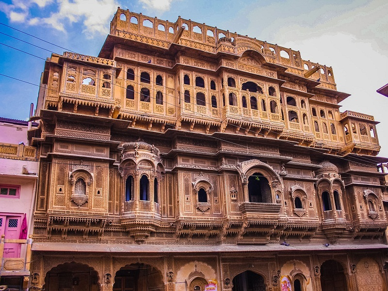 Nathmal-Ji-Ki-Haveli-best-place-for-visit-in-jaisalmer