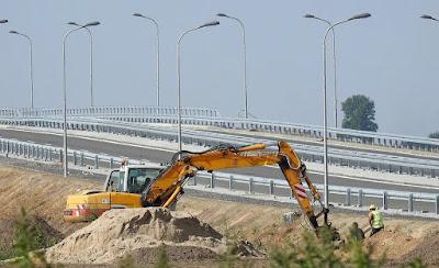 lavori pubblici-cantiere-edilizia-attestazione SOA