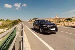 ¿Afecta el estado de las carreteras al mantenimiento de los vehículos?