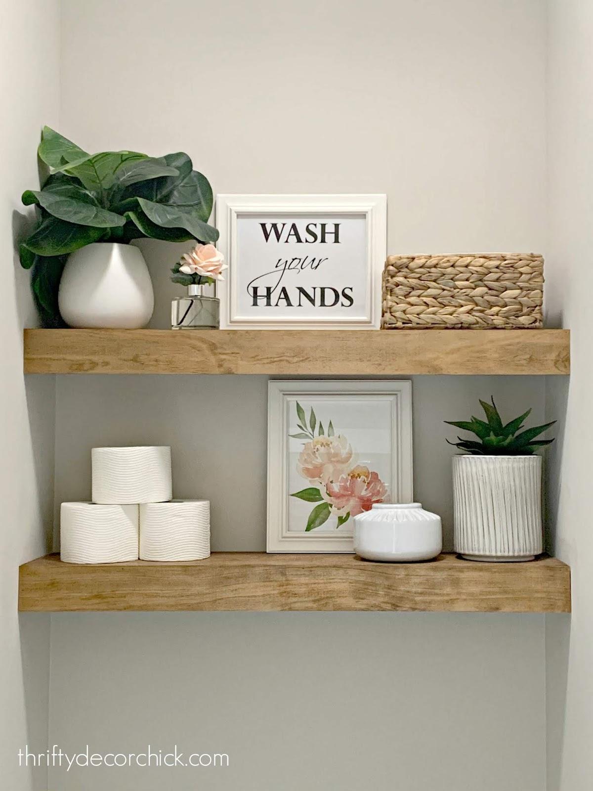 Decorating shelves in bathroom