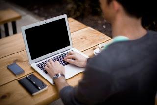SEO laptop szöveg