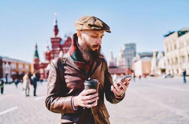 El 42% de los mexicanos prefiere viajar con su celular que con un acompañante