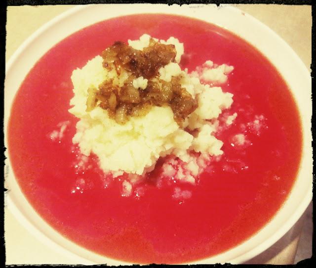 Barszcz czerwony domowy barszcz czerwony zabielany zupa z buraczkow czerwonych zupa buraczkowa barszcz z ziemniakami
