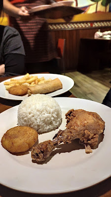 Paket makan (Nasi, Ayam, Perkedel) American Chicken