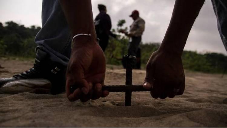 Suman 149 narcofosas encontradas por colectivos en Veracruz