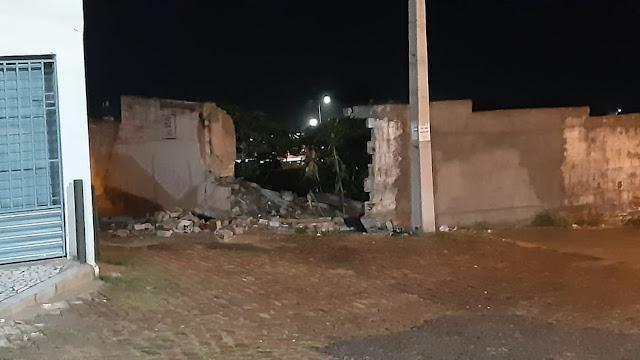 Homem é preso depois de roubar carro e bater em muro durante perseguição em Natal