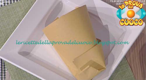Prova del cuoco - Ingredienti e procedimento della ricetta Tempura di patate rosmarino e paprika dolce di Cesare Marretti