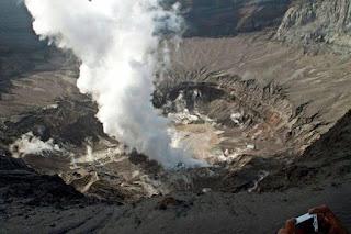Gunung Kelud Lebih Berbahaya Dari Gunung Merapi