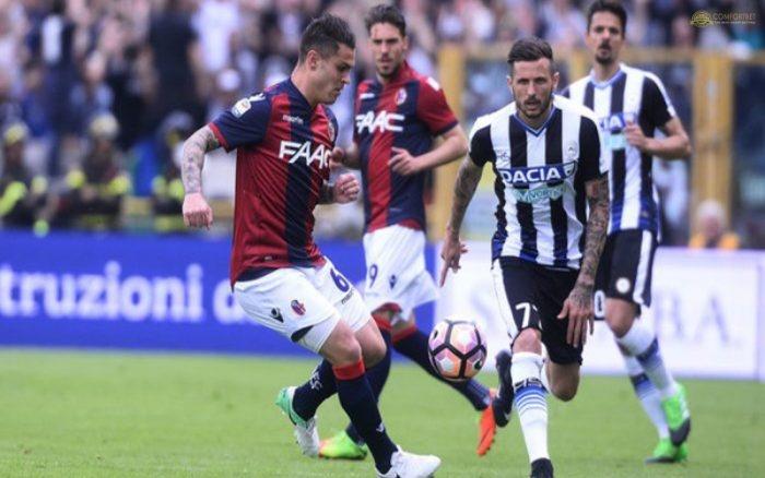 Bologna để thủng lưới nhiều bàn sau các trận đấu