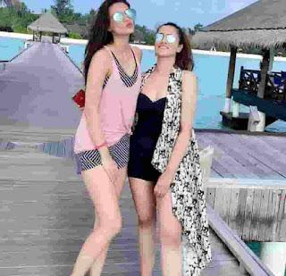 Kriti Sanon Maldives Family Vacation