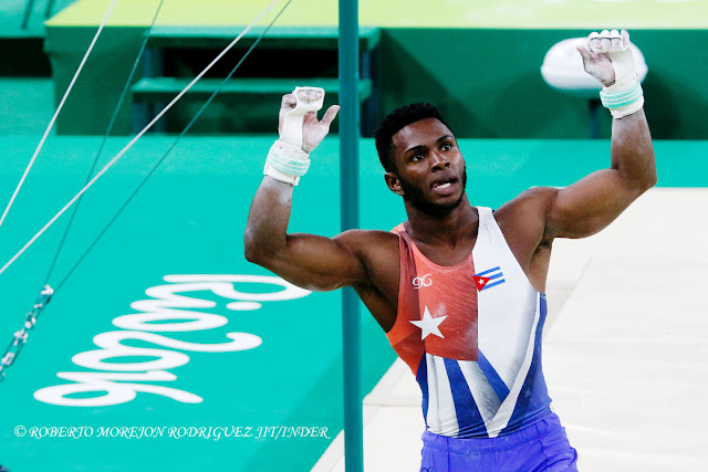 Manrique Larduet Bicet de Cuba,  compite en la final de la barra fija de la gimnasia artística de los Juegos Olímpicos de Río de Janeiro, en HSBC Arena, ubicado en el Parque Olímpico, en Barra de Tijuca, Brasil,  el 16  de agosto de 2016.
