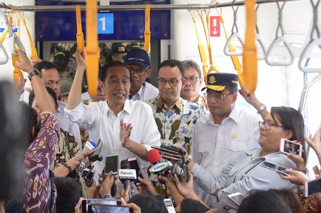 Klaim Jokowi Soal MRT Bisa Dibaca Strategi Singkirkan Peran Anies dan Gubernur Terdahulu