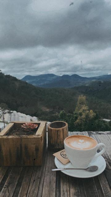 Quán cà phê đen