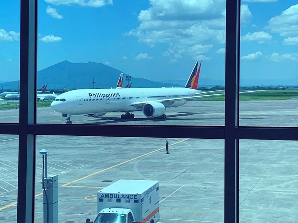 PAL Boeing 777 Clark