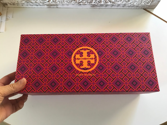 Tory Burch, Minnie Flat, shoe box