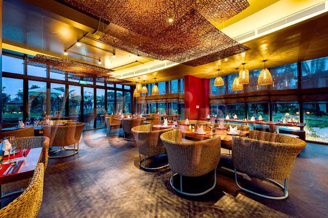 Nhà hàng tại Novotel Phú Quốc