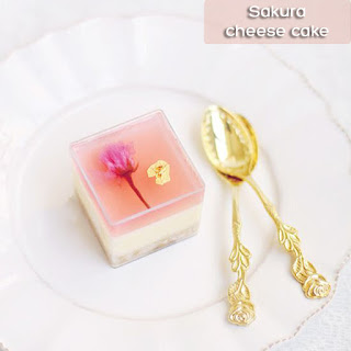 cach-lam-cheesecake-hoa-anh-dao-lam-banh-pho-mai-hoa-anh-dao